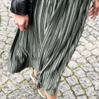 Green army pleated skirt