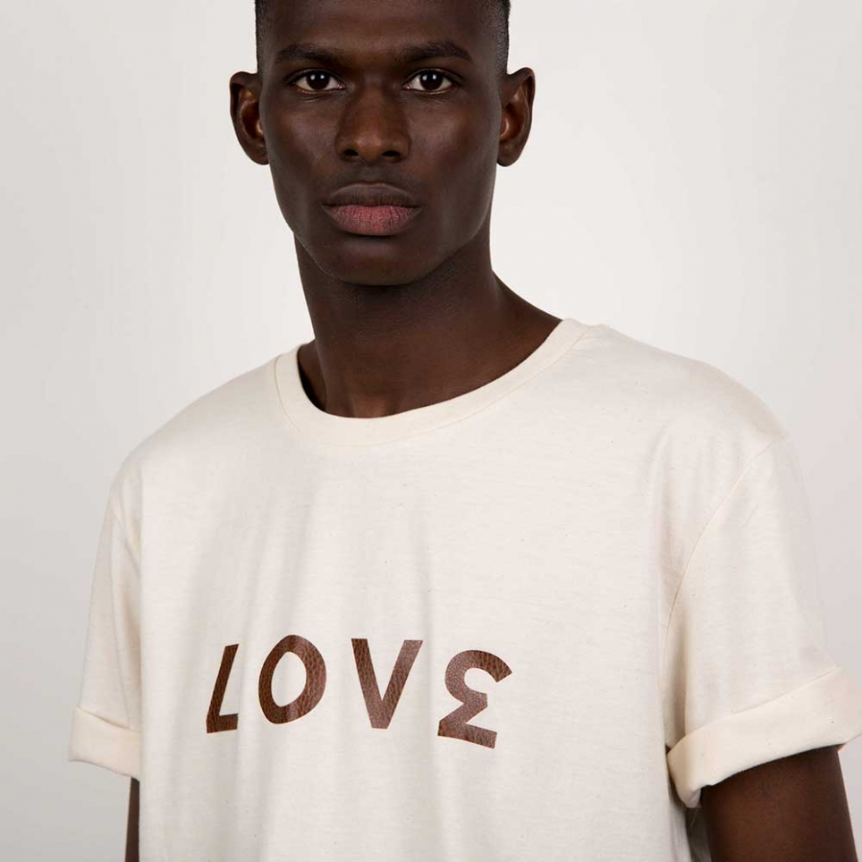 Cream T-Shirt Love