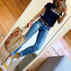 T-Shirt Amore Amaro Bleu by LesFutiles