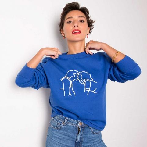Blue Sweatshirt Kiss DD